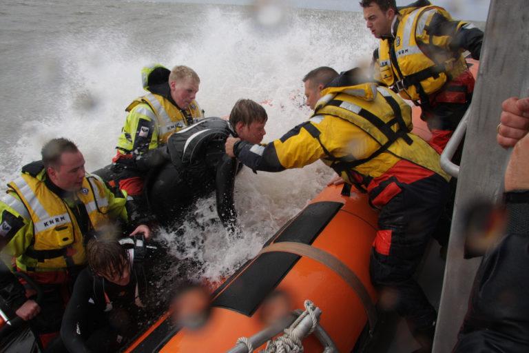 KNRM reddingstations ontvangen duizenden euro's