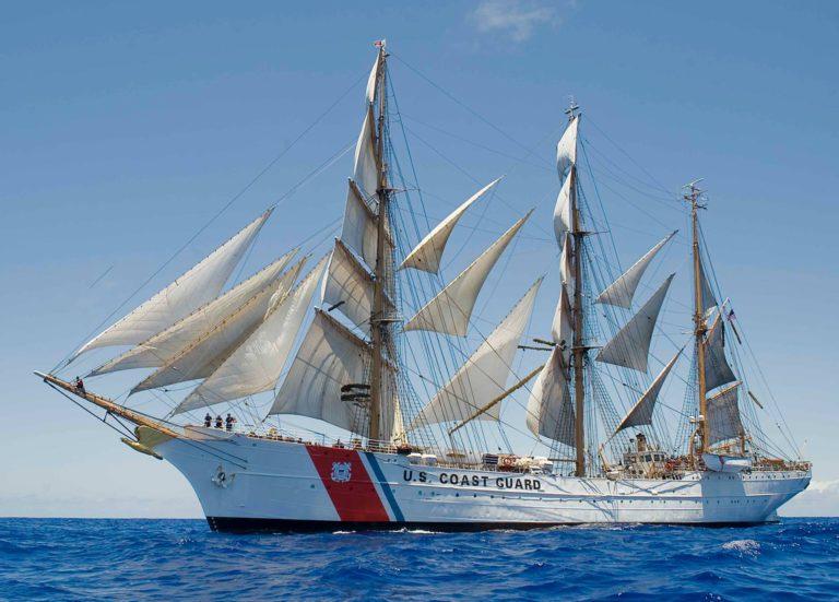 Tall Ships afkomstig uit alle windstreken leggen aan in Scheveningen