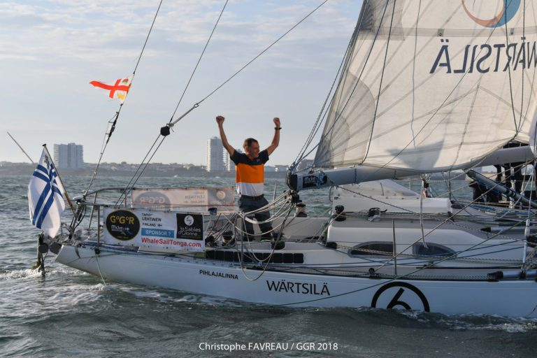 Tapio Lehtinen voltooit de Golden Globe Race (met video's)