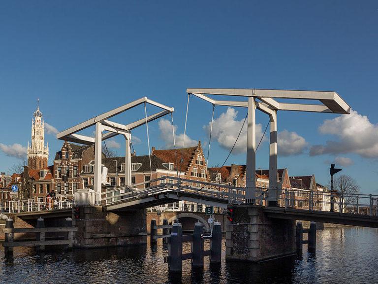 Tekort aan brugwachters in Noord-Holland zorgt mogelijk voor oponthoud