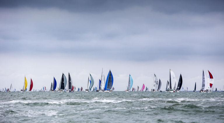 Fastnet Race: eerste tri's binnen, rest begint net