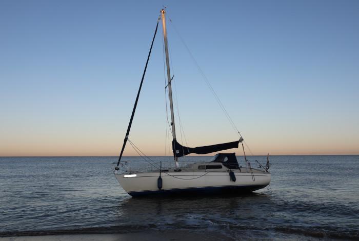 Onbemande zeilboot aangetroffen bij Noordwijk