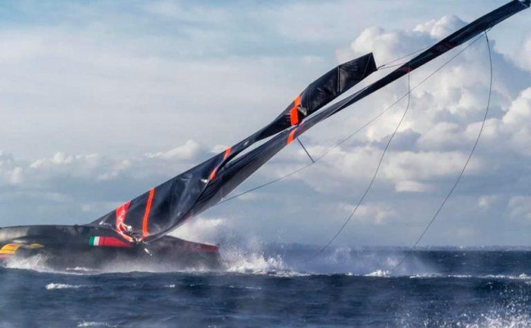 AC75 Prada team verliest mast tijdens training