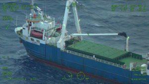 'Spookschip' spoelt na 1,5 jaar aan in Ierland (+video's)