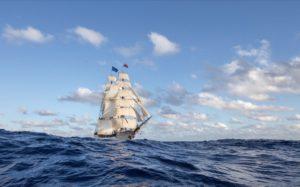 Bark Europa zeilt non-stop 9000 zeemijlen (70 dagen) naar Nederland