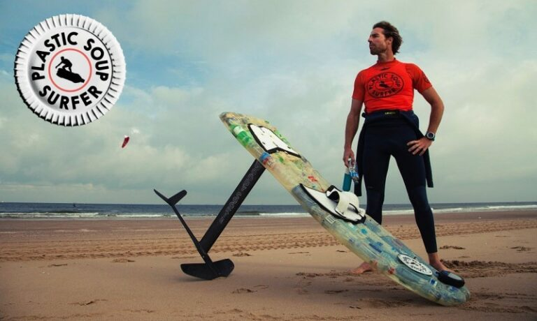 Plastic Soup Surfer vaart van Maastricht naar Schiermonnikoog