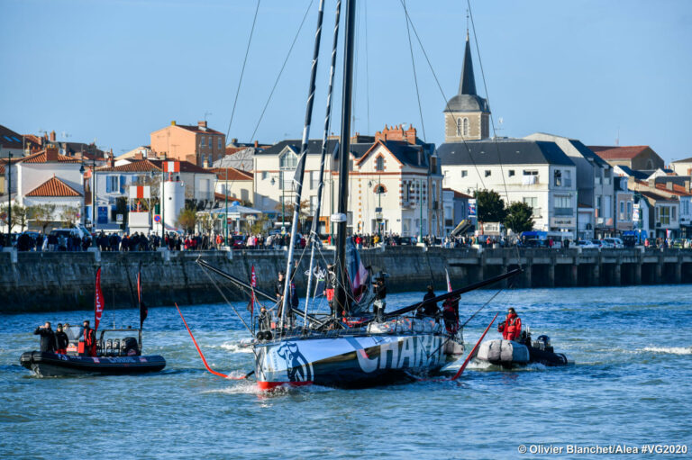 Vendée Globe video update: Charal hervat race