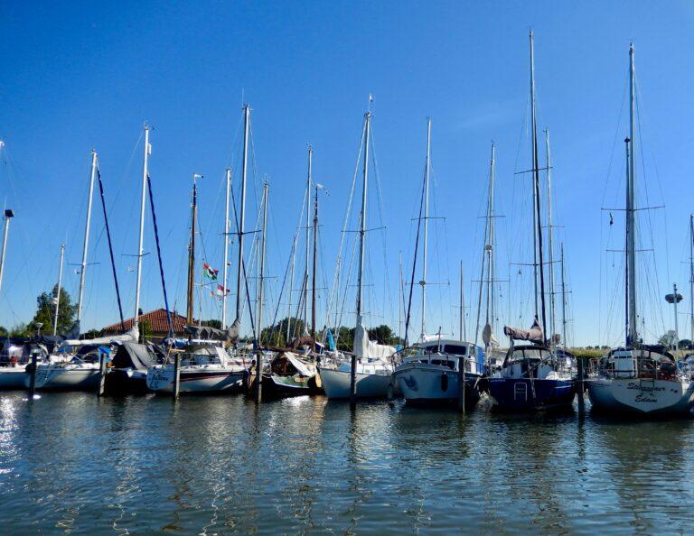 Betere bevaarbaarheid voor jachthavens in het IJsselmeergebied