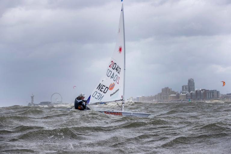 WK Zeilen: passen er 1400 atleten en 1000 boten in Scheveningen?