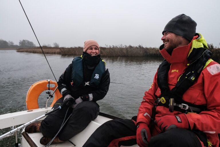 Nu in Zeilen: Winterzeilen in een verstild Friesland