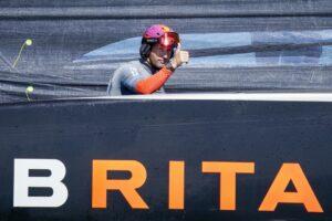 Britten blij na eerste dag Prada Cup