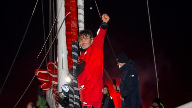 Yannick Bestaven wint de Vendée Globe