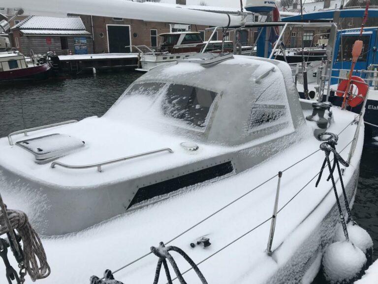 Rondje IJsselmeer tijdens sneeuwstorm Darcy