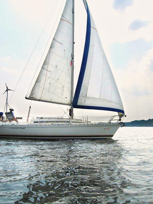 canada sails 325